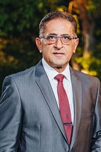 UNFO Med, Founder - Dr. Izak Daizade